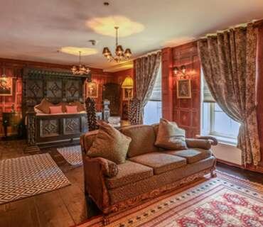 The Red Room(double en-suite)