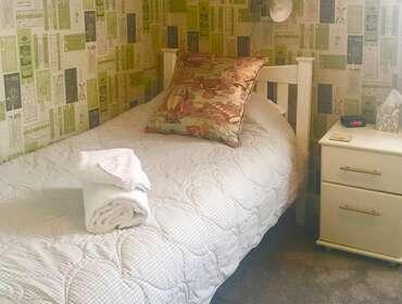 Single En-suite Room including Breakfast