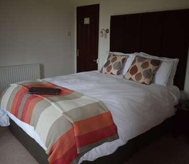 2.King Size En suite Room (inc. Breakfast)
