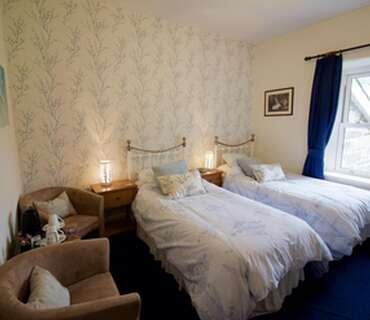 Twin Beds, En-Suite, 1st floor (Room 5)