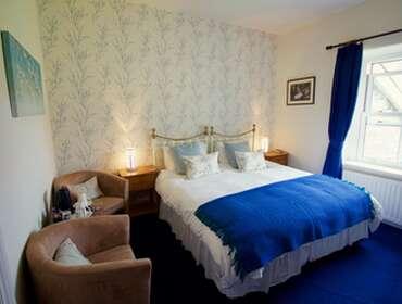 Super-king Size bed, En-Suite, 1st Floor (Room 5)