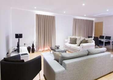 Deluxe 2 Double Bedrooms 2 Bathrooms Apartment