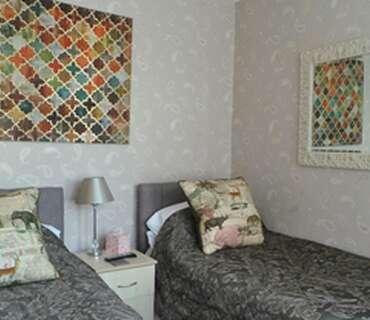 Twin En-suite Room including Breakfast
