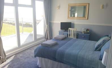 Double Room With Balcony Ensuite Including Breakfast