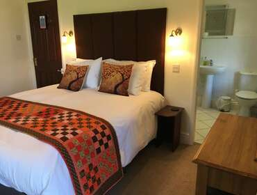 2.Kingsize En-suite Room (inc. Breakfast)